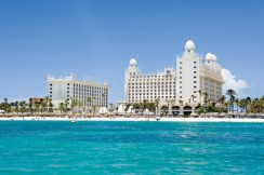 Travis-Paquin-Travel-Agent-All-Inclusive-Resorts-Aruba-Riu-Palace-Aruba